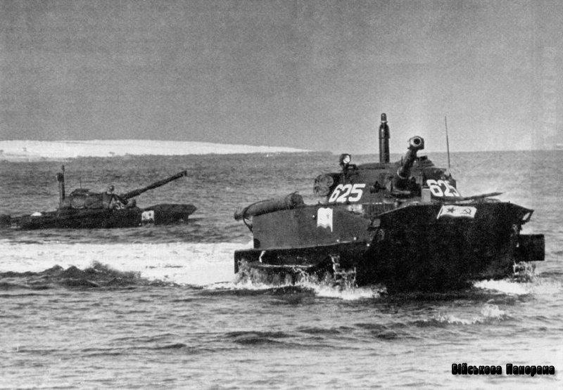 Вітчизняні легкі танки зразка 1945-65 років — плаваючий танк «ПТ-76»
