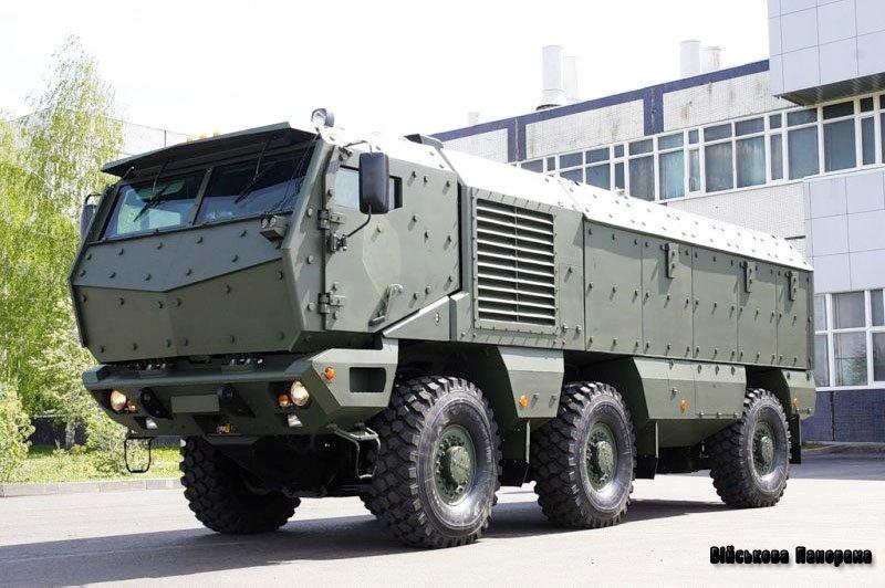 Вантажний броньовик «Тайфун» від Камського автозаводу