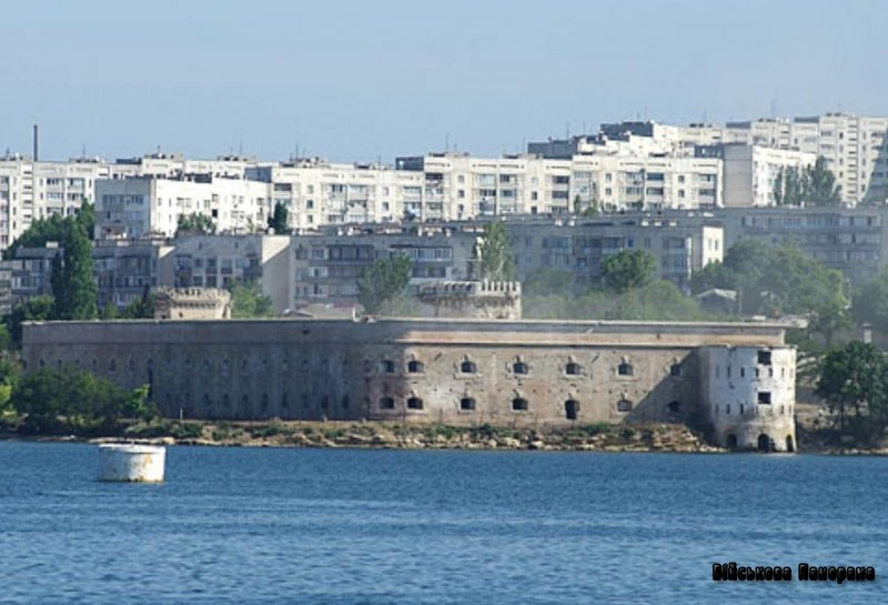 Безпам'ятство нащадків, або військово-морські фальсифікатори: Про Військово-морський музей «Михайлівська батарея»