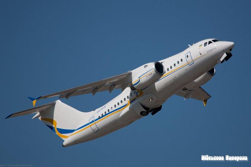 ДП «Антонов» планує підняти транспортний літак Ан-178 у 2014 році