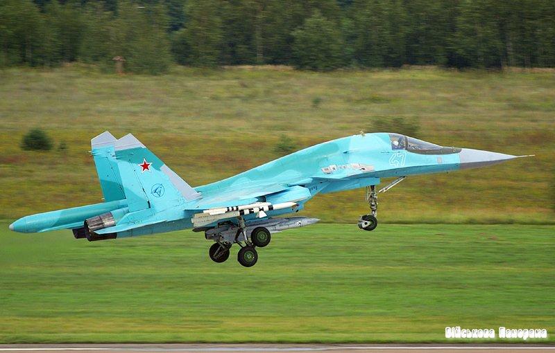 Бомбардувальники Су-34 отримають нові боєприпаси