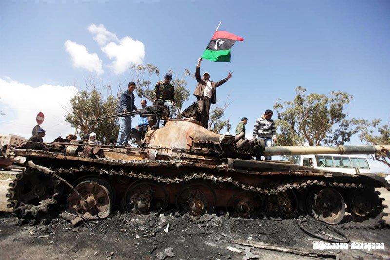 Бойовики шантажують владу Лівії заявами, що відпустять сина Каддафі