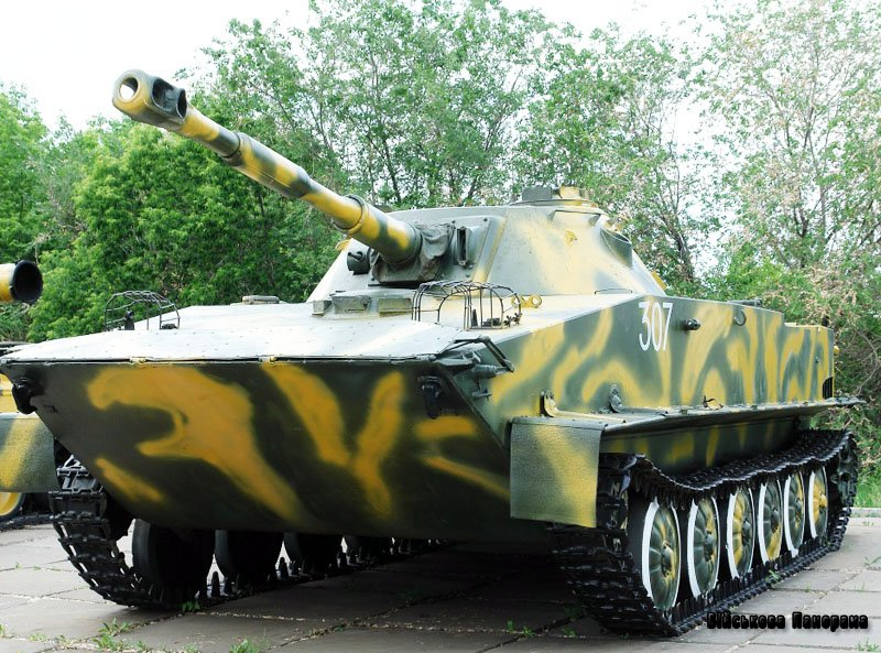 ПТ-76: танк-ветеран, як і раніше, в строю