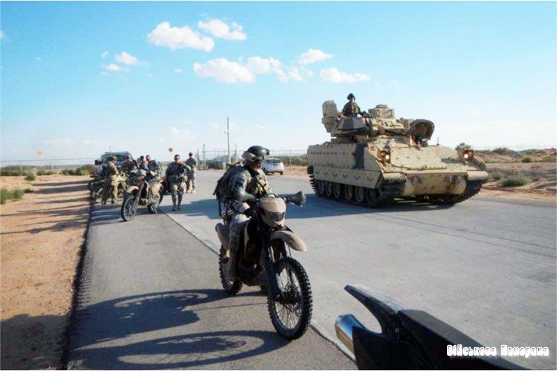 Повнопривідний мотоцикл Christini AWD 450 Military