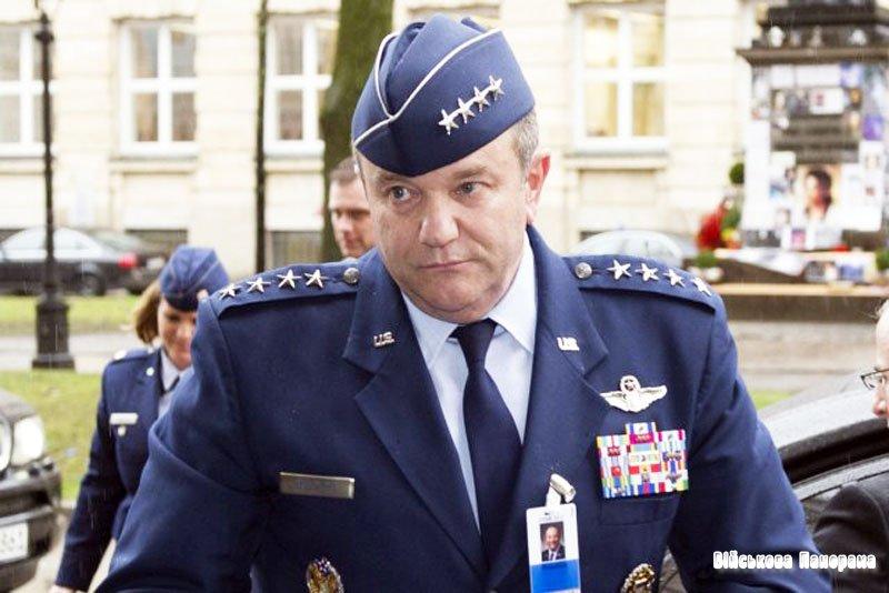 Війська НАТО в Європі знову довірили американцеві