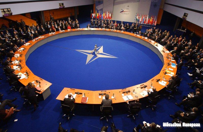 Глави МЗС країн НАТО і партнерів обговорюють глобальні питання безпеки