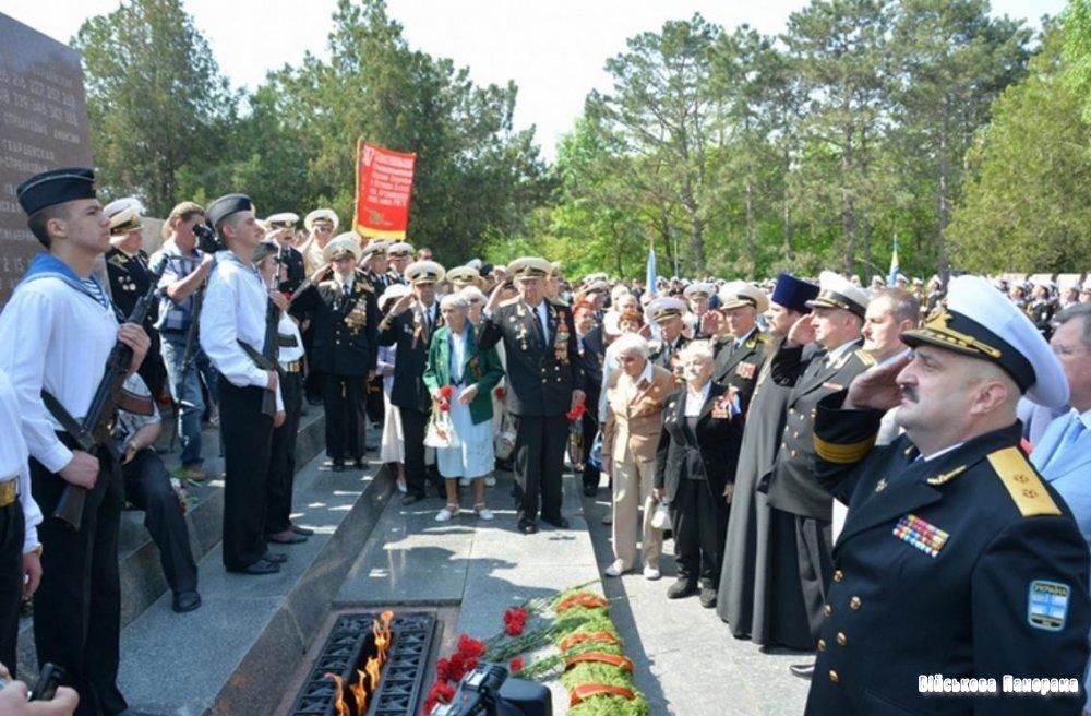 У гарнізонах українських Військово-Морських Сил України проводяться урочисті заходи, присвячені 68-й річниці Дня Перемоги