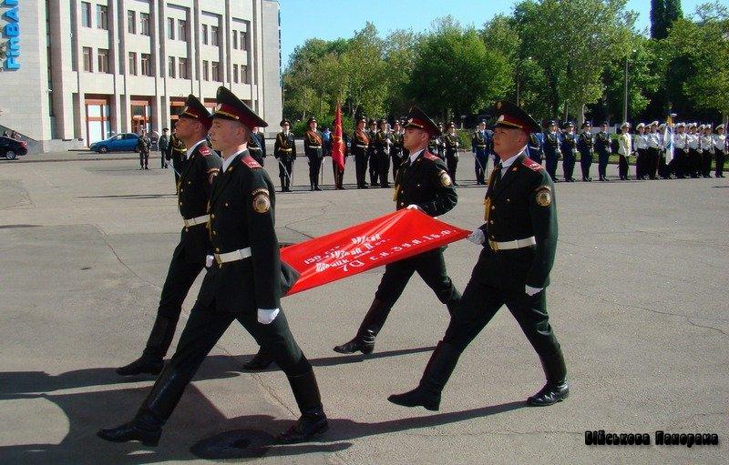 У Збройних Силах України проходять заходи, присвячені 68-ій річниці перемоги у Великій Вітчизняній війні 1941-1945 років