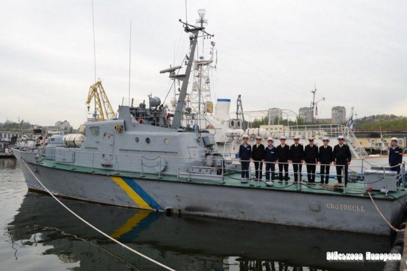 """Артилерійський катер """"Скадовськ"""" вирушив у десятиденний похід"""