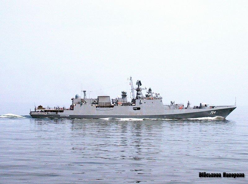 На російських кораблях встановлять негорючу меблі