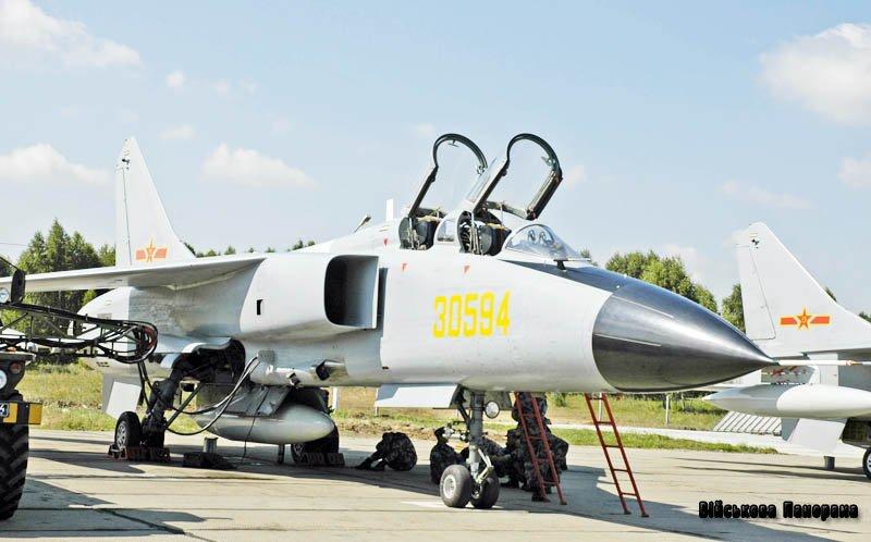 Модель китайського бомбардувальника викликала масові спекуляції — Jane's Defense Weekly
