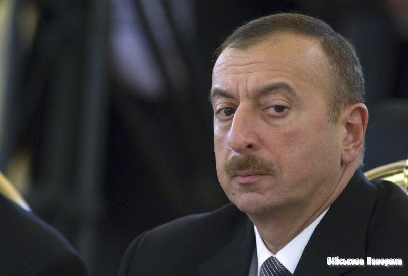 Президент Азербайджану закликав армію бути готовою до війни за Карабах