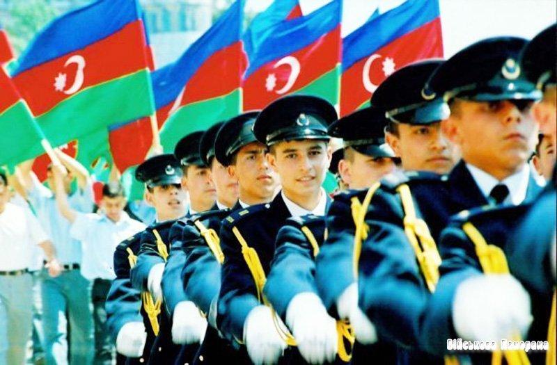 За 20 років Азербайджан придбав 321 одиницю танка, 400 артилерійських систем і 64 бойових літаки