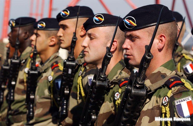 Франція має намір скоротити Збройні сили