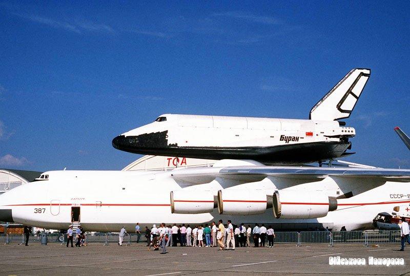 Рогозін: Росія може відновити створення космічних кораблів типу «Буран»