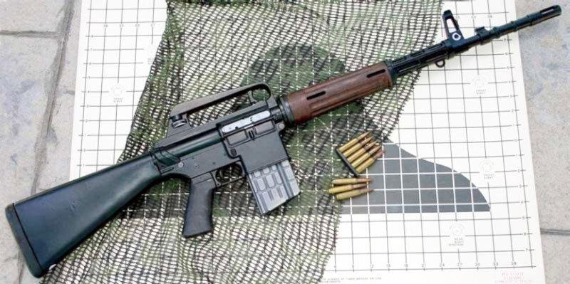 Автоматична гвинтівка «Армелайт AR 10», калібр 7,62 мм