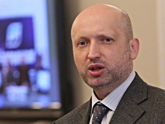 О. Турчинов прийняв обов'язки Верховного Головнокомандувача ЗСУ