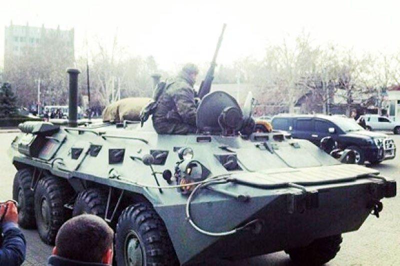 Бронетранспортери в Севастополі — чи привід для паніки