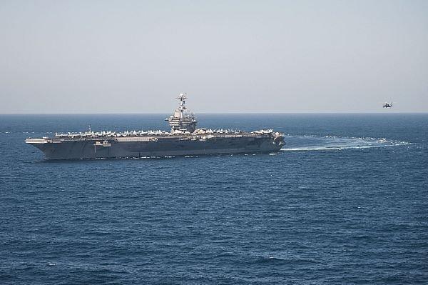 У Середземномор'ї зростає число атомних авіаносців США, чиї літаки здатні досягти території РФ