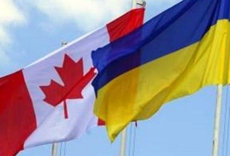 З Канади прилетів перший літак з військовою допомогою для України