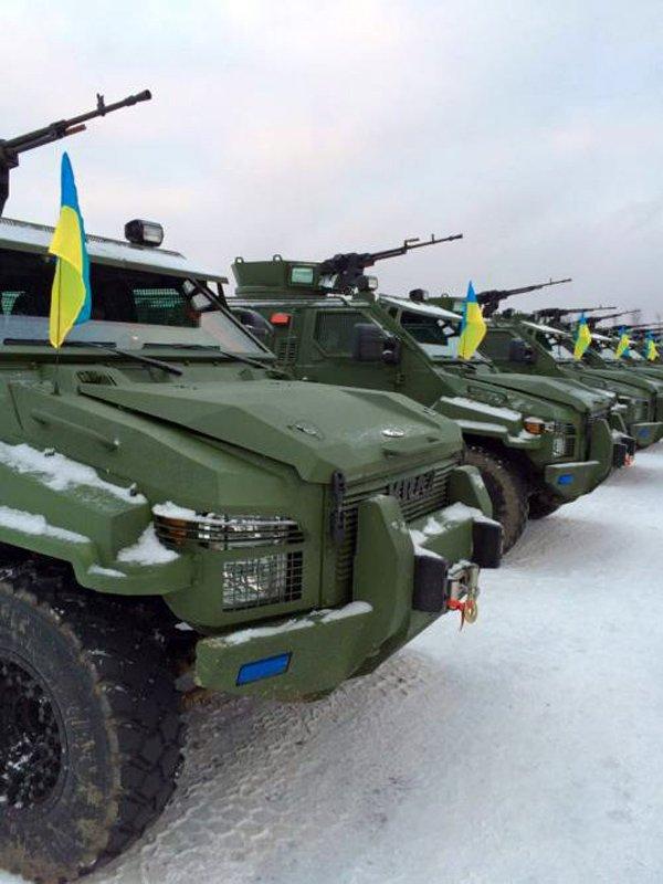 Напередодні Нового Року українські силовики отримали партію бронеавтомобілів КрАЗ «Спартан»