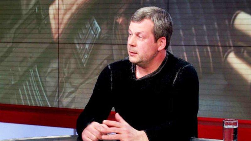 Мирна частина України захлинається від нелегальної зброї із зони АТО