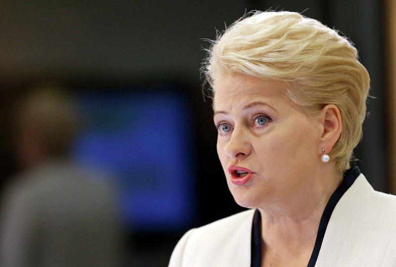 Грібаускайте: Литва відновить обов'язковий призов на військову службу