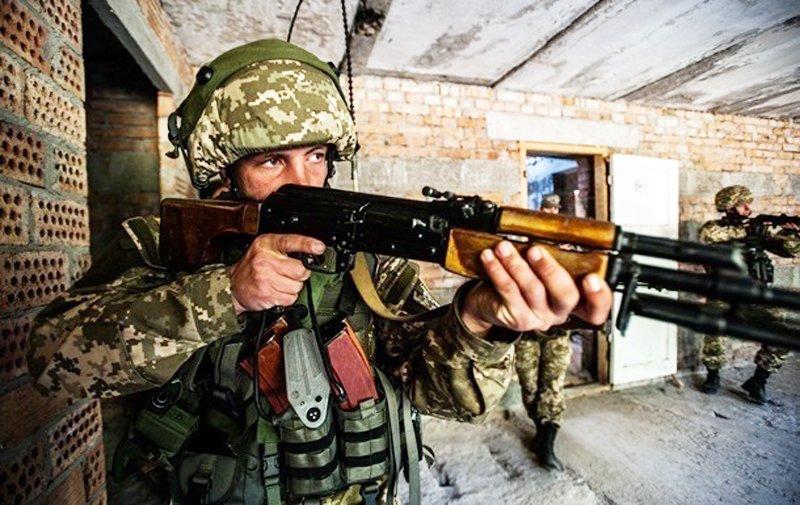 Аваков: в Україні пройдуть навчання десантників із США і бійців нацгвардії