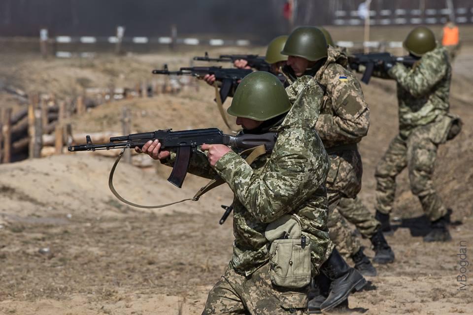 У Міноборони розповіли, скільки українців призвуть на строкову військову службу за два місяці