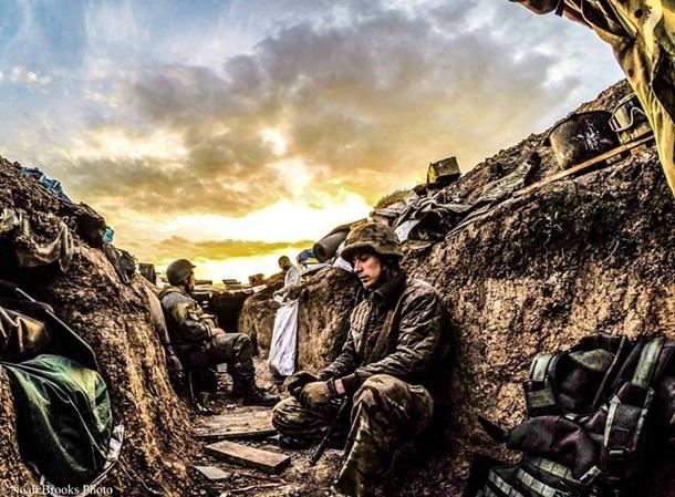 Широкине в окопах. Американський фотограф показав будні військових