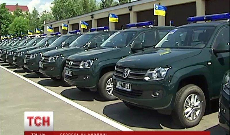 Ще 70 сучасних позашляховиків від Євросоюзу попрямувало на кордон