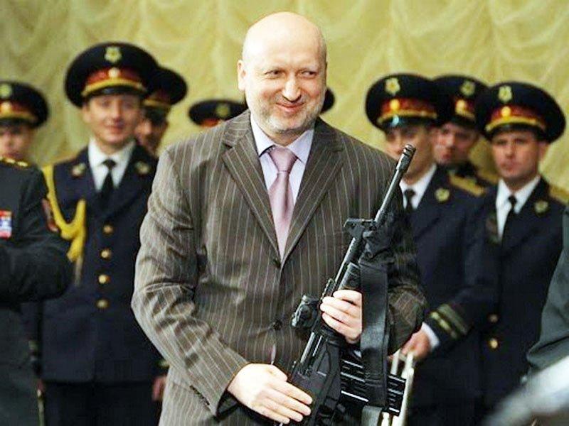 Наша зброя через п'ять років має перевершити російську — Турчинов