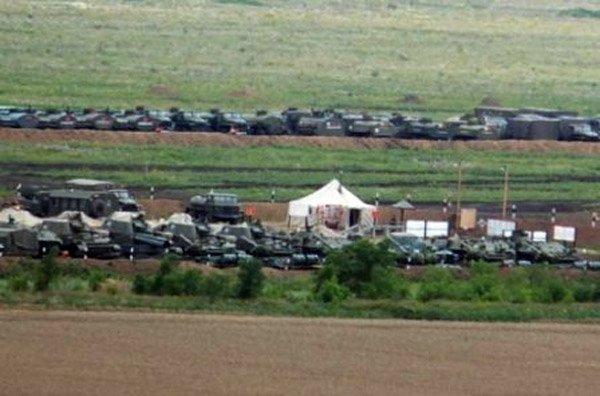 ЗМІ опублікували фото російської бази поблизу кордонів з Україною (ФОТО)