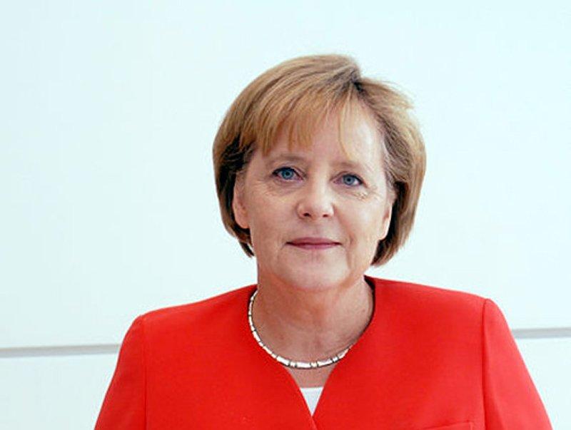 Меркель: світова безпека залежить від розвитку ситуації в Україні