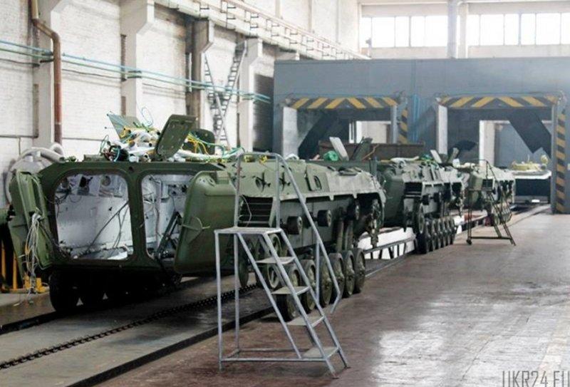 Житомирський бронетанковий відзвітував за 9 місяців
