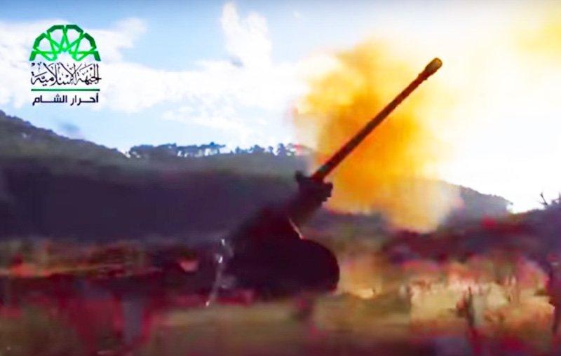 По російській авіабазі Хмеймім у Сирії завдали артилерійського удару (ВІДЕО)