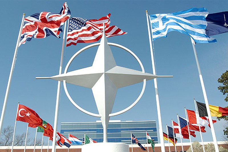 Як СРСР 7 разів намагався вступити в НАТО