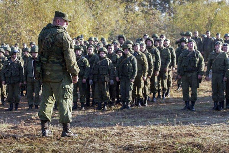 Кремль визнав невдачу військової реформи: Росія розмістить дивізію біля кордонів України