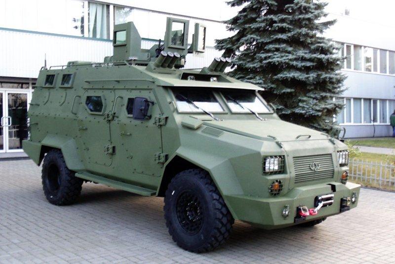 Передсерійний варіант українського бронеавтомобіля «Барс-8»