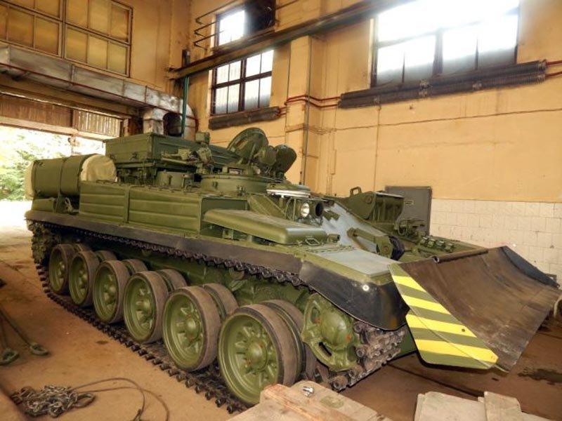 «Львівський бронетанковий завод» передав Мініоборони партію БРЕМ-1