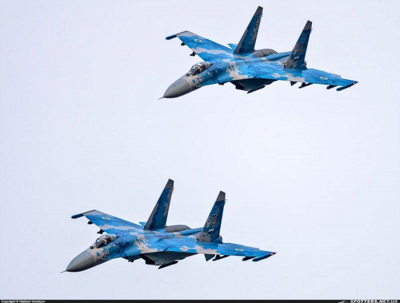 Винищувальна авіація України 2016, Су-27