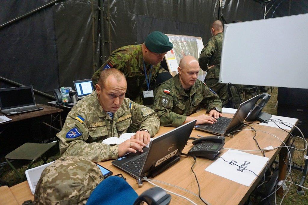 Офіцери Національної гвардії Іллінойсу поділилися досвідом з офіцерами командування ЛИТПОЛУКРБРИГ