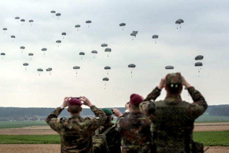 Опитування: дві третини росіян бачать в НАТО загрозу