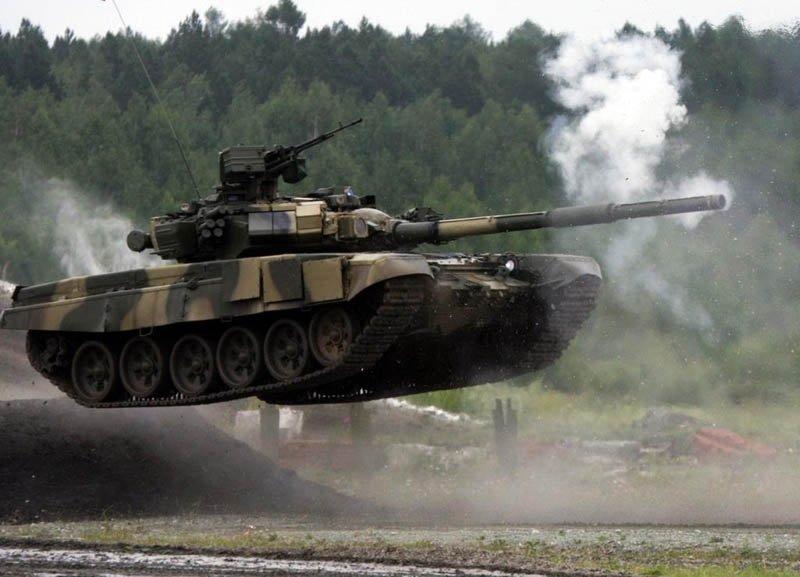 Танк Т-72 отримав дистанційне управління