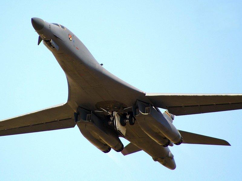 Стратегічні бомбардувальники США провели навчання в Південній Кореї