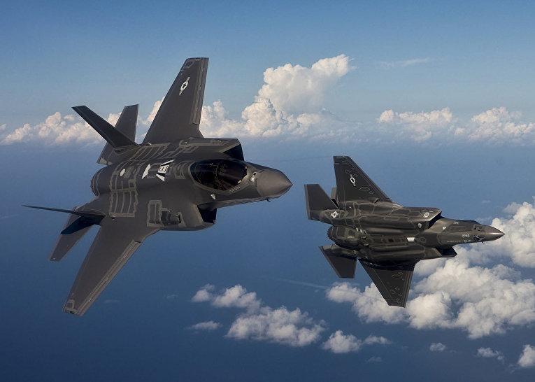Су-35 проти невидимки F-35