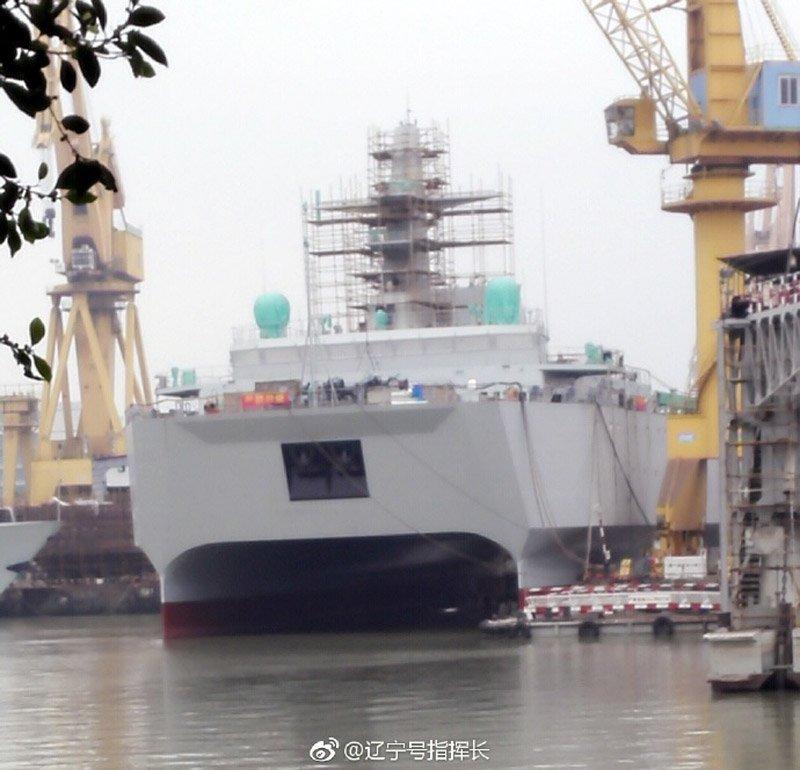 У Китаї спущено на воду судно-катамаран морської розвідки та спостереження