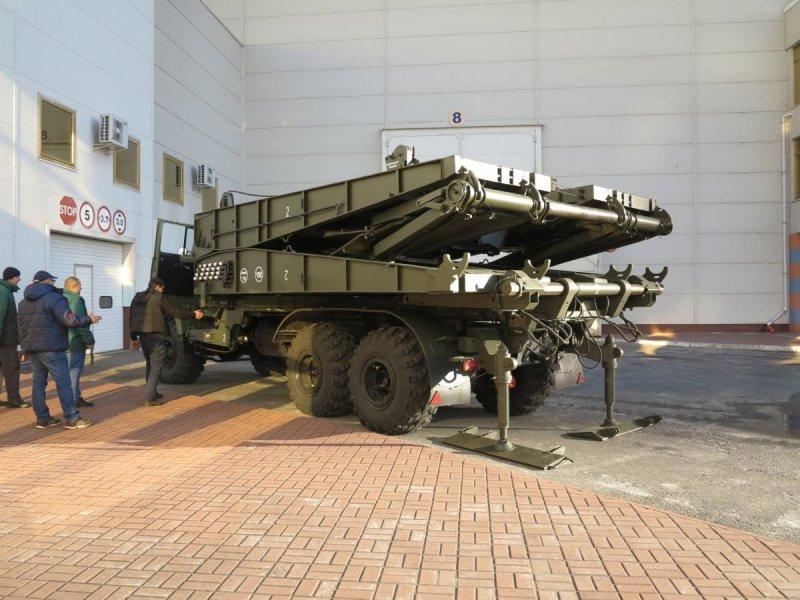 Автомобіль-трансформер КрАЗ в дії